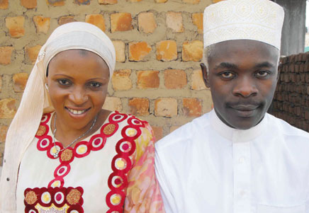 Omulangira Suuna (Abdu Shakur) with sweet lovely Aisha after exchanging marriage vows.