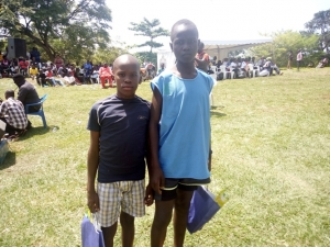 Sande Levi (R) and Isaac Ikara topped the Juniors' race