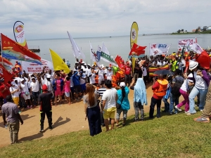Participants from various landing sites in Uganda took part in the Dragon Boat festival.