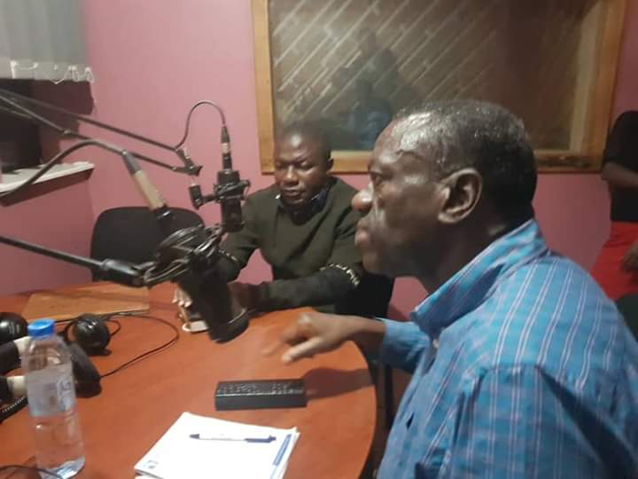 Security personnel on Thursday night switched off Hope Radio in Kabale municipality after it hosted Forum for Democratic Change stalwart Dr Kiiza Besigye and other party leaders.