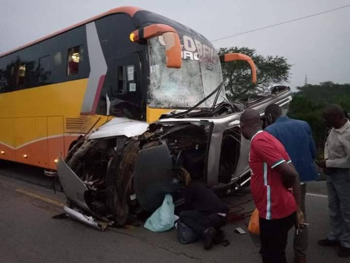 The Toyota Noah reportedly overturned and crashed into the Global bus